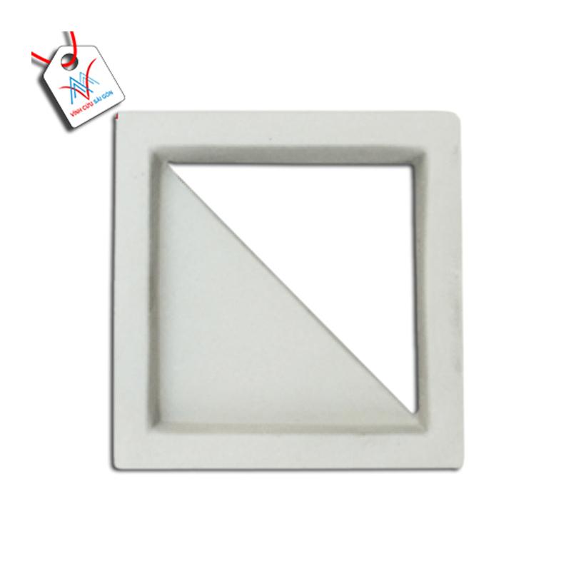Gạch thông gió tam giác men mát trắng VCSG-TGM-A20 (20x20x5 cm)